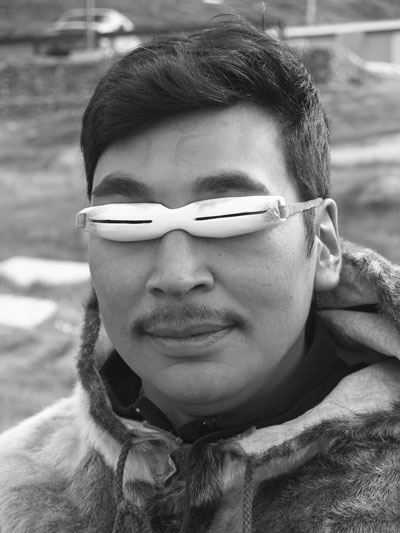 Snow Googles - Defence Against Snow Blindness